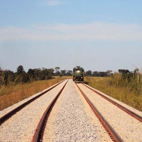 600 Ferrovias PAC