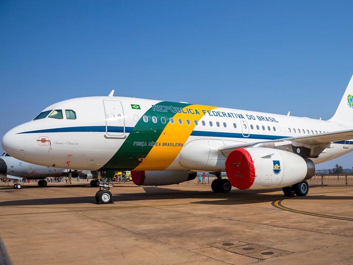 Resultado de imagem para aviao presidencial brasil fab