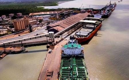 Fonte: (http://www.ma.gov.br/porto-do-itaqui-bate-o-recorde-de-cargas-movimentadas-do-ano-em-outubro/)